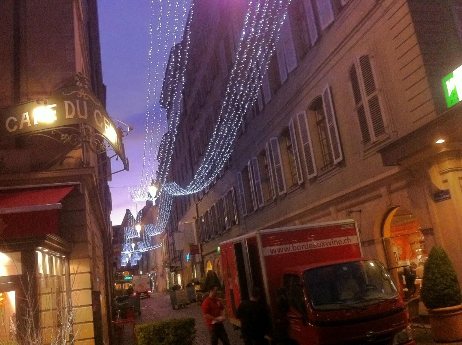 #9B6830 Geneva's Christmas Lights Schwingeninswitzerland 5545 decorations noel geneve 1600x1195 px @ aertt.com