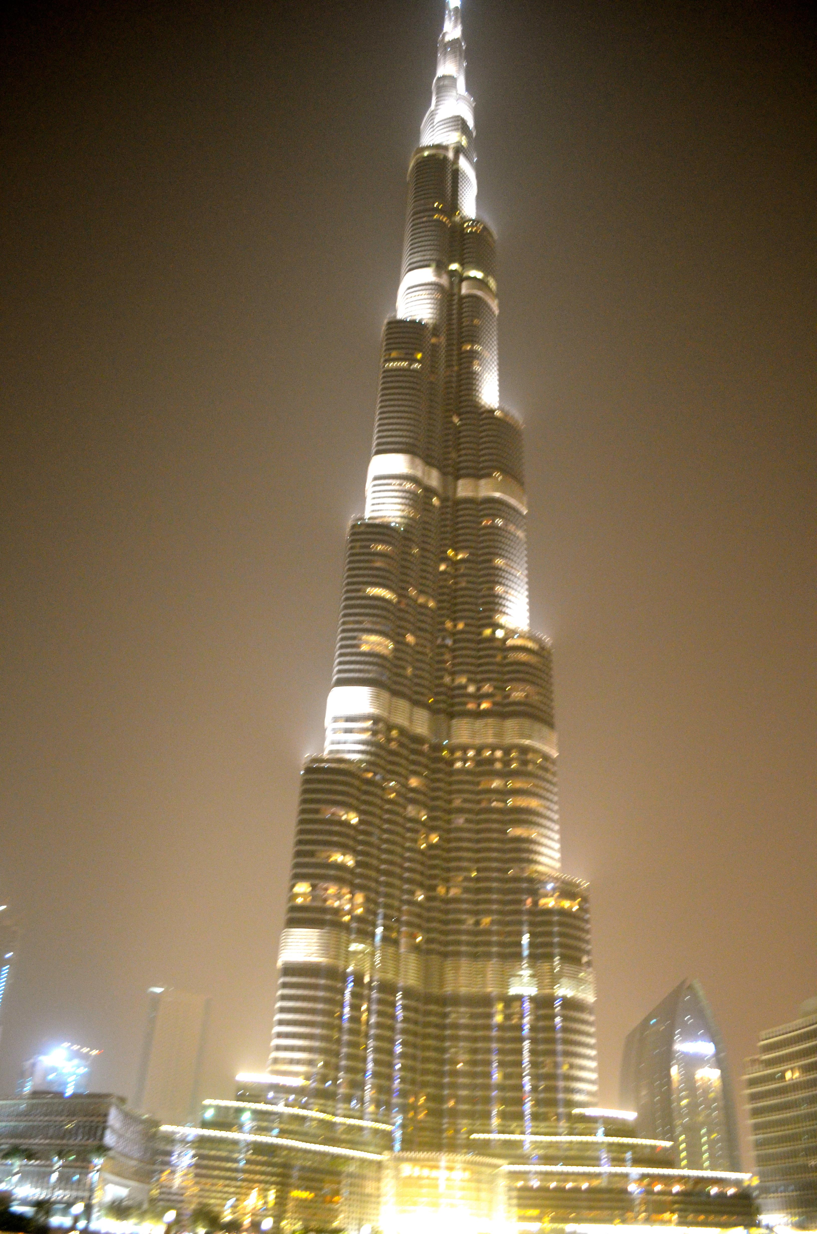 Dubai S Modern Architecture Schwingeninswitzerland