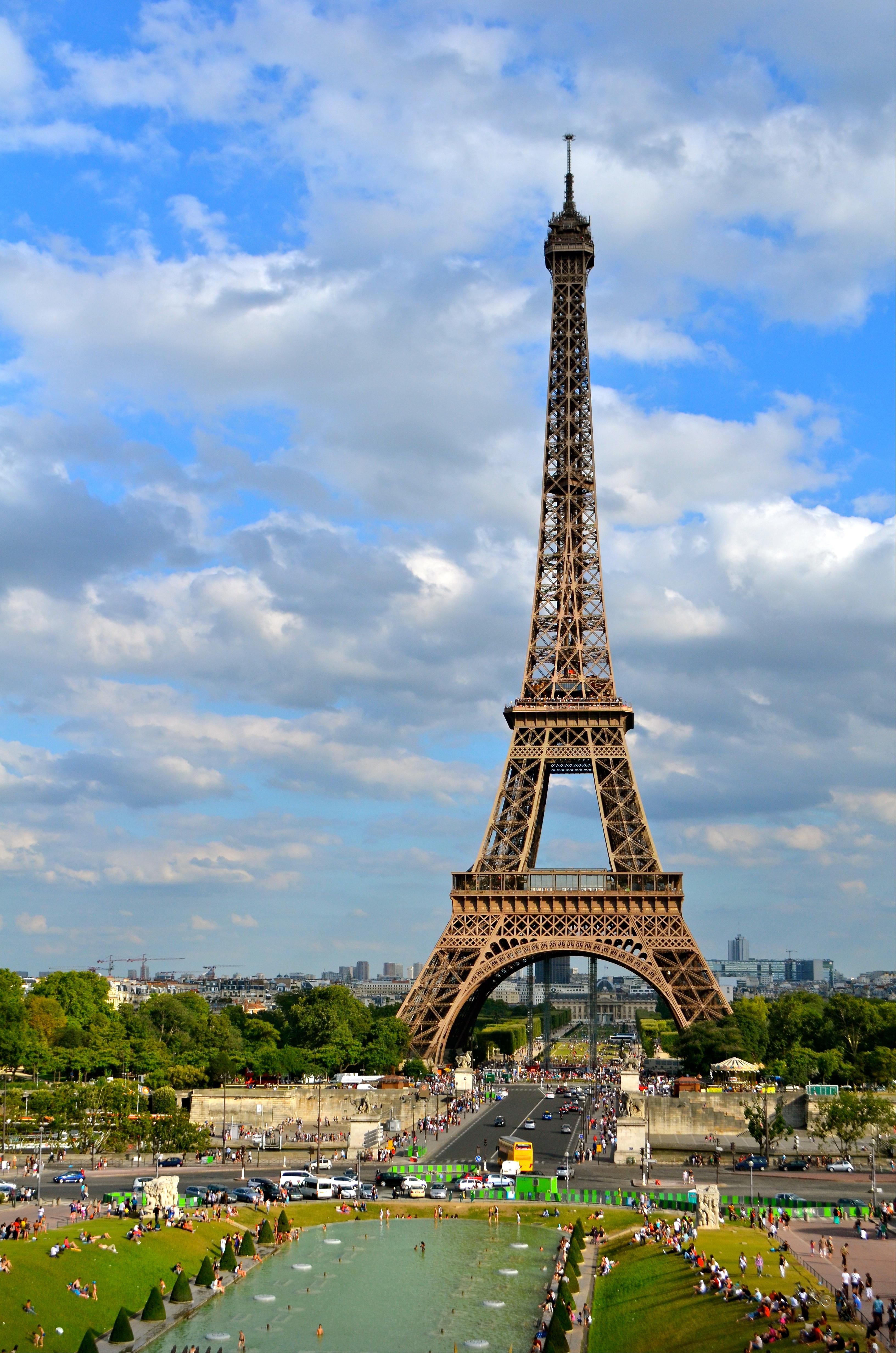 Oh La La La Tour Eiffel Schwingeninswitzerland